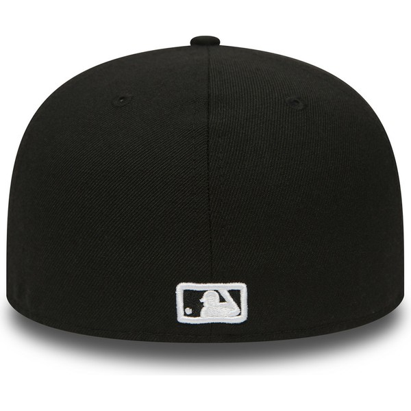 new-era-flat-brim-59fifty-essential-new-york-yankees-mlb-black-fitted-cap