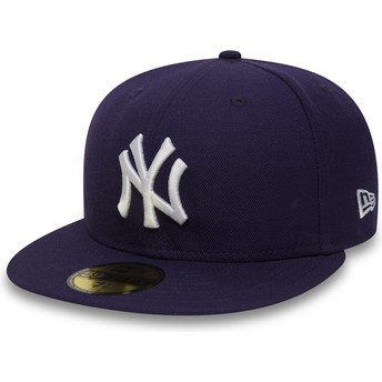 New Era Flat Brim 59FIFTY Essential New York Yankees MLB Purple Fitted Cap