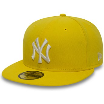 New Era Flat Brim Dark Yellow 9FIFTY Essential New York Yankees MLB Yellow Fitted Cap