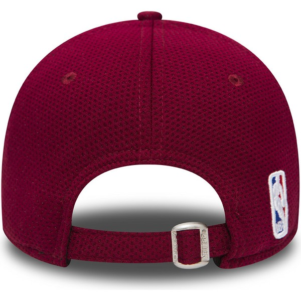 new-era-curved-brim-9forty-mesh-cleveland-cavaliers-nba-red-and-blue-adjustable-cap