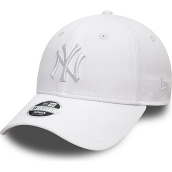 New Era Curved Brim White Logo 9FORTY League Essential New York Yankees MLB White Adjustable Cap