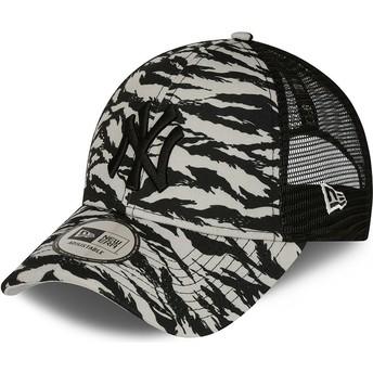 New Era Black Logo 9FORTY Tiger Print New York Yankees MLB Grey Trucker Hat