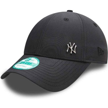 New Era Curved Brim 9FORTY Flawless Logo New York Yankees MLB Black Adjustable Cap